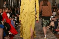 abito-giallo-raso