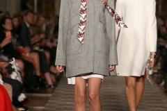 soprabito-grigio-foulard