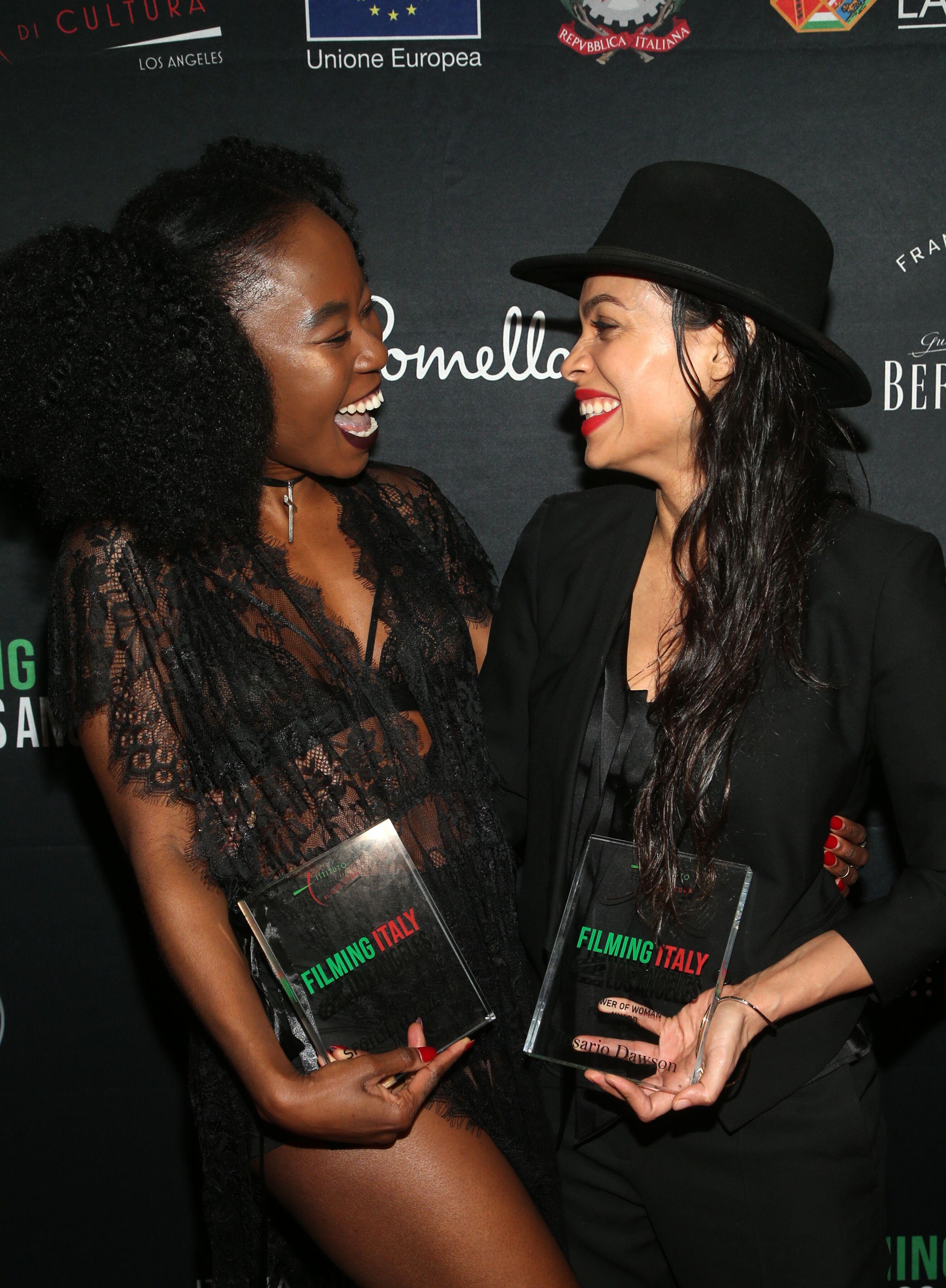 Nana Ghana E Rosario Dowson_2020FilmingItaly_485