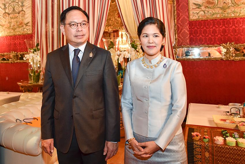 ambasciatore-della-thailandia-tana-weskosith-e-sua-consorte-sig-ra-jitpachong-weskosith