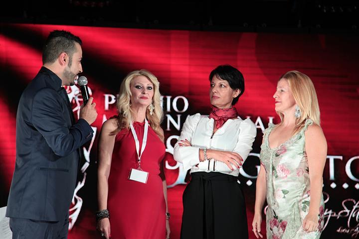 anthony-peth_lucia-aparo_le-delegate-della-regione-sicilia-small