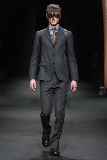 Versace Men FW 17_E-U1100797795046Eg-U1100797795046CUD-990x556@LaStampa.it