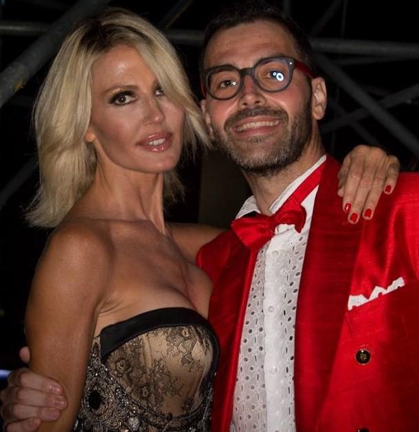 Il direttore artistico e ideatore Lucio Di Filippo insieme alla presentatrice Nathalie Caldonazzo