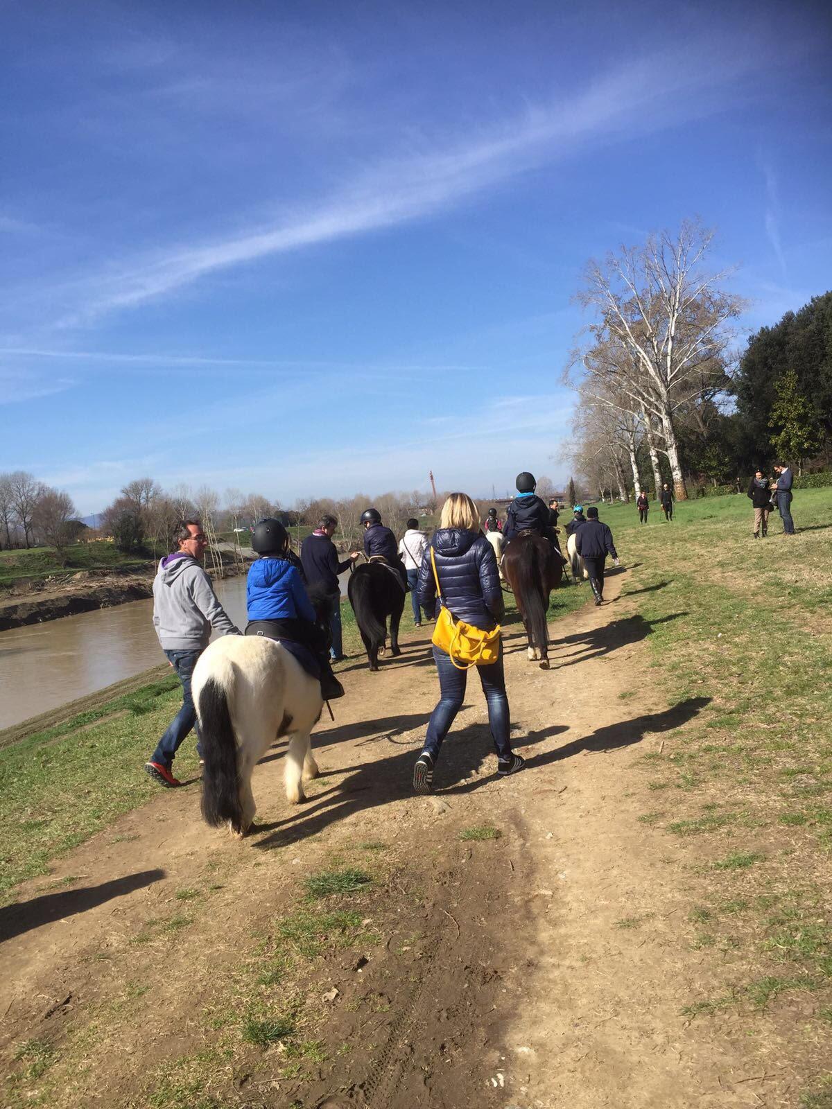 passeggiata lungo l'Arno