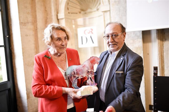 Anita Garibaldi premiata da Francesco Petrino