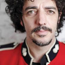 """Massimiliano """"Max"""" Gazzè (Roma, 6 luglio 1967) è un cantautore, bassista e attore italiano."""