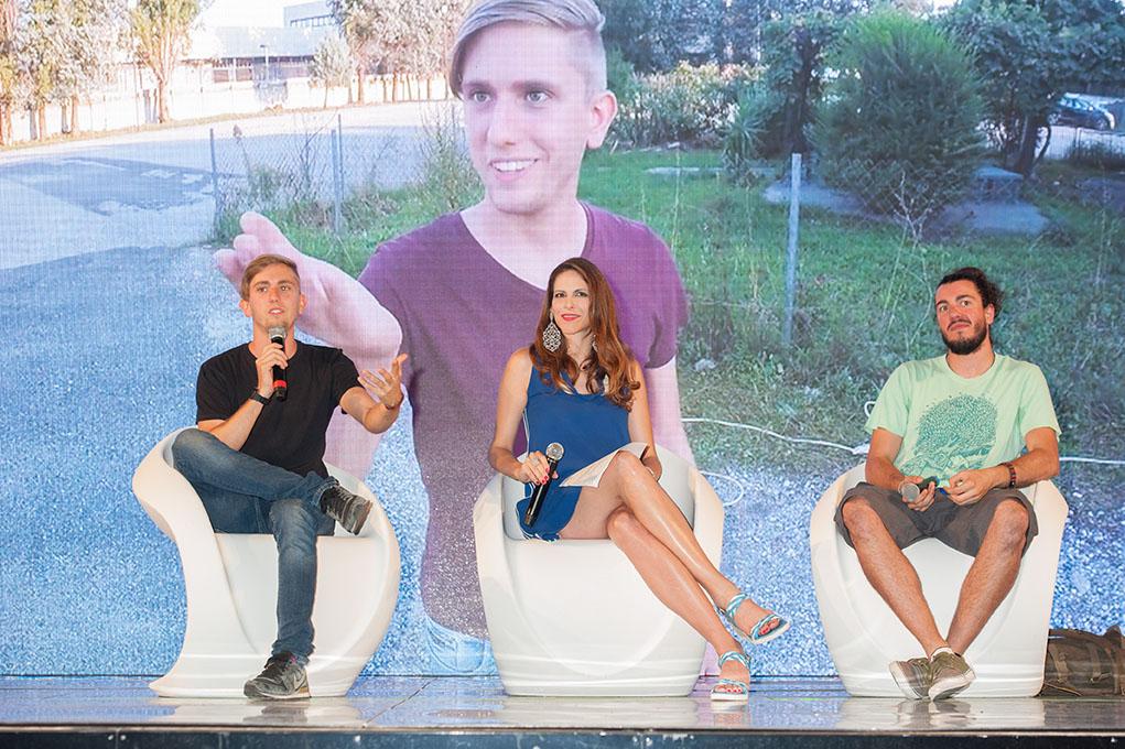 """""""Mondo Youtubers"""", le star 2.0 conquistano le giornate del Cinema Lucano con Janet De Nardis"""