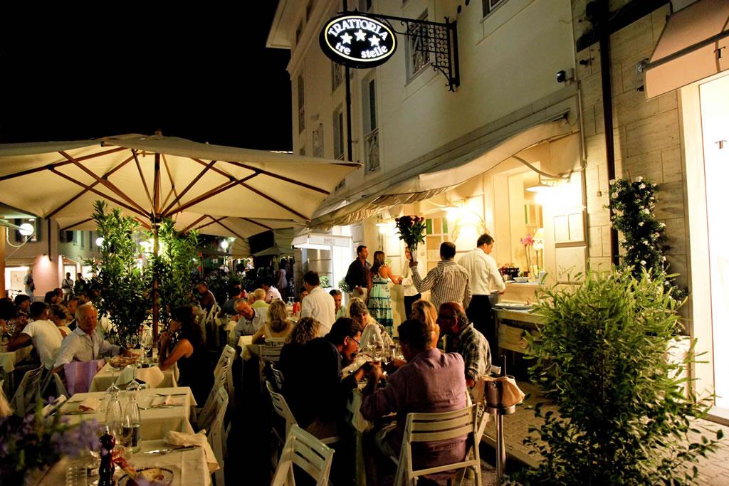 esterno-ristorante-trattoria-tre-stelle-forte-dei-marmi-5