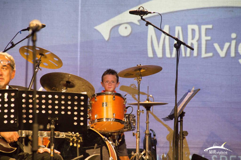Il piccolo batterista Salvo Sacco