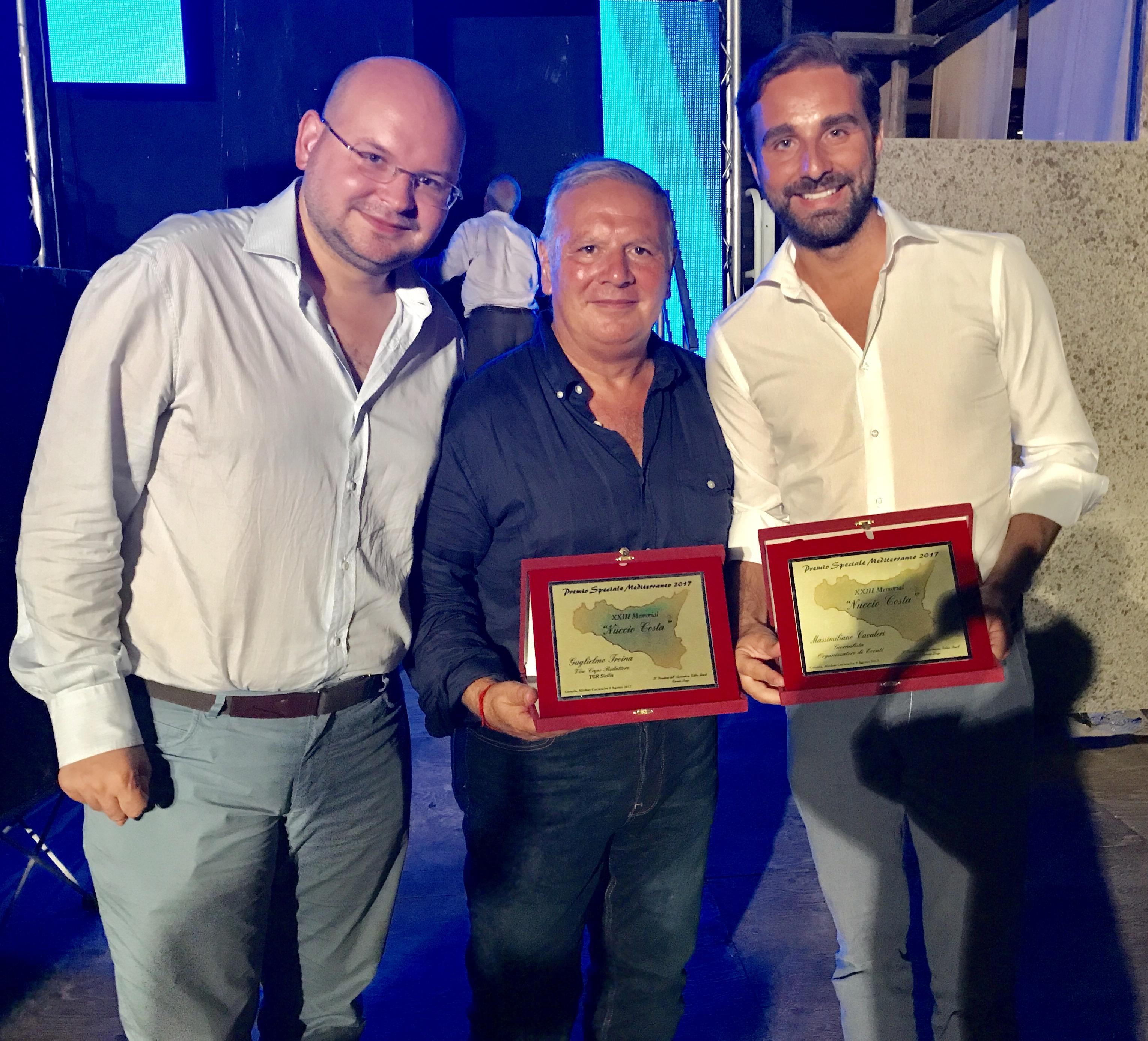 ìFabio Longo della RAI con i premiati Guglielmo Troina e Massimiliano Cavaleri