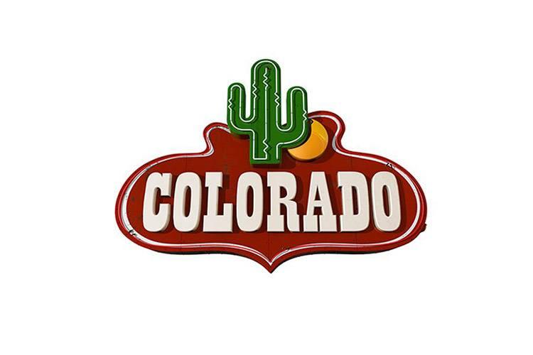 Colorado Film Production ricerca ragazze spigliate, belle e con attitudine alla danza per il corpo di ballo della nuova edizione di Colorado
