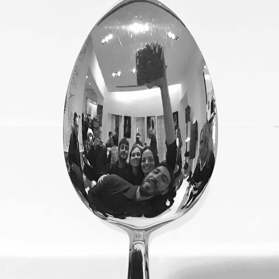 spoon selfie