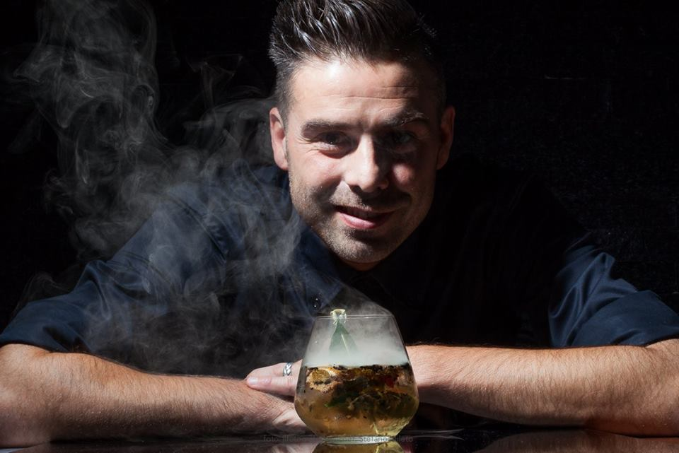 Bartender Jimmy Andrea Montanari (detto Jimmy il druido)