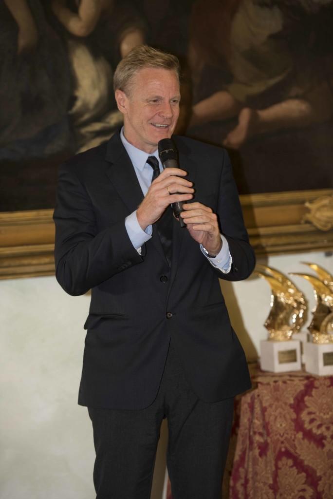 l'Addetto Culturale del Regno Unito e Direttore del British Council Dr. Paul Sellers