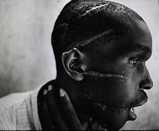 James-Nachtwey-Rwanda