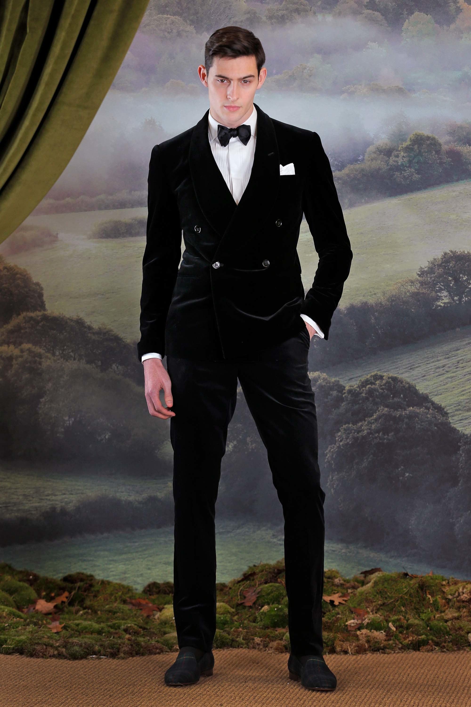 1e1fcc0fa8a7 Milano moda uomo - Eleganza impeccabile per Ralph Lauren per la ...