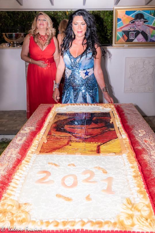 Eleonora Altamore e la torta gigante artistica