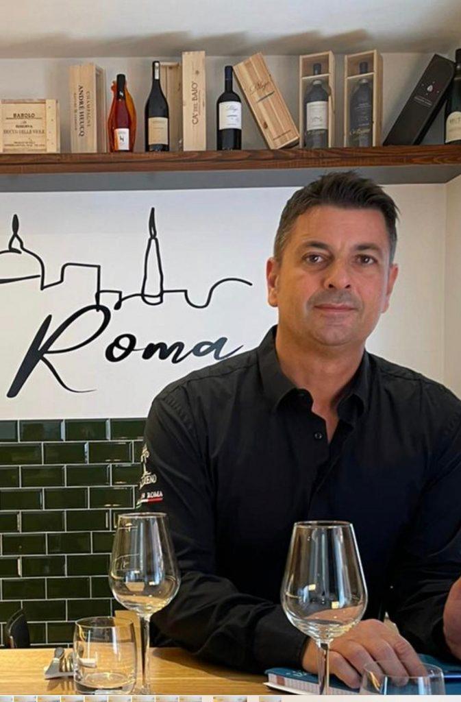 Domenico Scevola, proprietario del ristorante IL NAZARENO in largo del Nazareno 13 a Roma